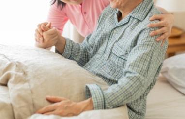 要介護の高齢者